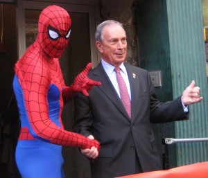 New_York_City_Mayor_Mike_Bloomberg_at_Midtown_Comics2